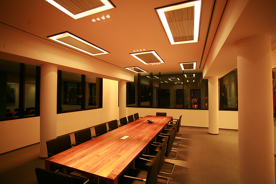 2 LED Lichtglaswand Hamburg