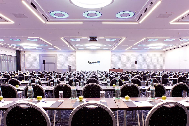 5 LED Lichtsysteme und Deckenleuchten in Düsseldorf