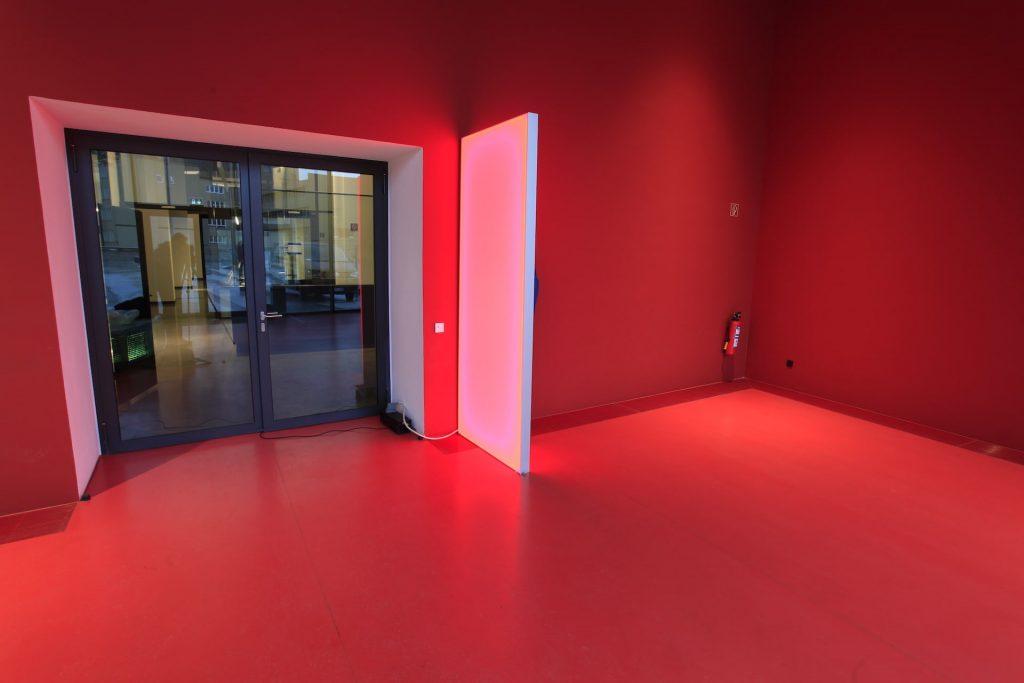 led wireless acrylglaswand1